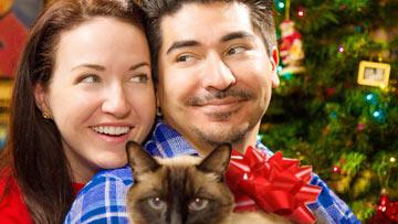 Weird Things Couples Do At Christmas - BuzzFeedYellow