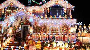 The Great Christmas Light Fight -