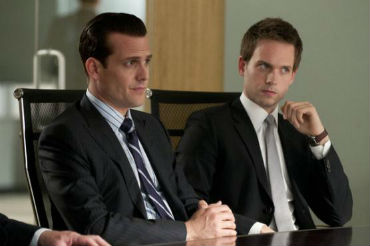 where to watch suits for free